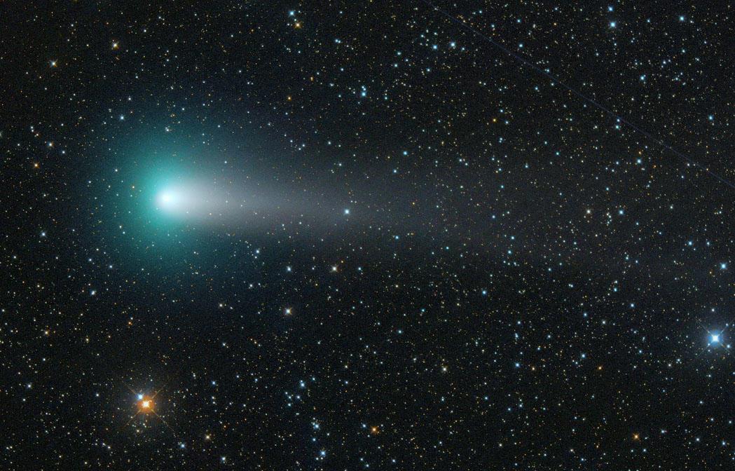 ジャコビニ・ツィナー彗星から複雑な有機物由来の赤外線輝線バンドを検出 図2